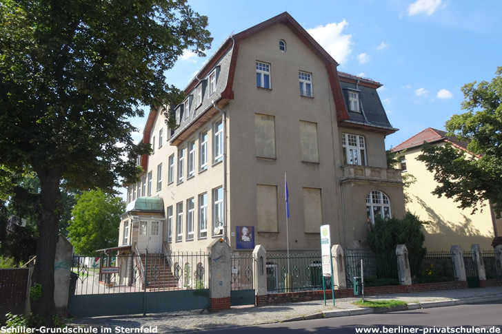 Schiller-Grundschule im Sternfeld
